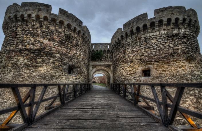 Castle Entrance (small)